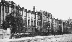 В настоящее время корпус Б КГТУ, ул. К.Маркса, 72